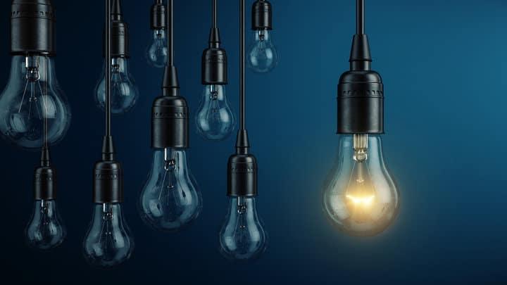 ابتكار الأفكار: قم بتطوير وتنمية أفكارك باسلوب عملي مبتكر